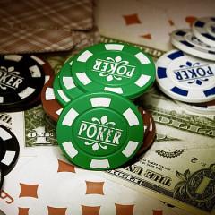 Poker nielegalny także w internecie